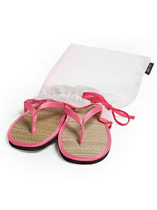 Wedding Flip Flops in Bridesmaid Colors http://www.dessy.com/accessories/flip-flops-in-bridesmaid-colors/