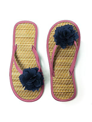 Flower Trimmed Bridesmaid and Bridal Flip Flop http://www.dessy.com/accessories/flower-trimmed-bridesmaid-bridal-flip-flop/