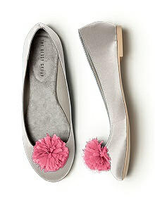 Crinkle Chiffon Flower Pom Pom Shoe Clip