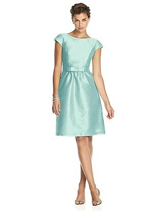 Alfred Sung Style D568 http://www.dessy.com/dresses/bridesmaid/d568/