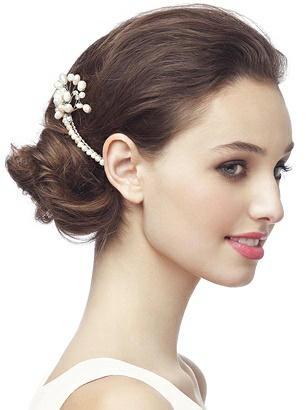 Pearl Spray Hair Comb http://www.dessy.com/accessories/pearl-spray-haircomb/
