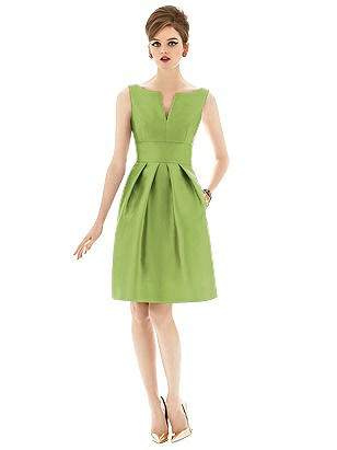 1950s Fashion History: Women's Clothing Special Order Alfred Sung Style D654 $208.00 AT vintagedancer.com